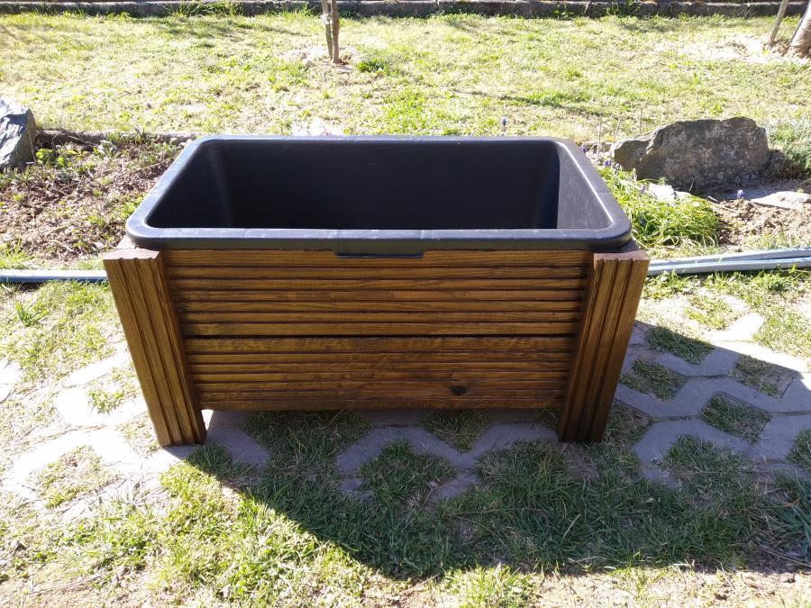 Truhlík s 1 kontejnerem, terasová prkna