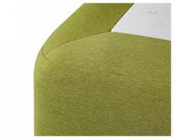 Detail lůžka DUBLIN 160<br/>Detail šití kulatého rohu u postele DUBLIN-SPRING.