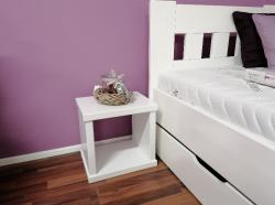 Noční stolek KAREL buk