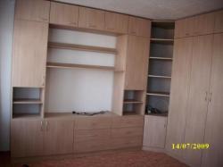 rohový set FINO<br/>realizace sestavy nábytku se sklopnou postelí v provedení FINO ZIMT